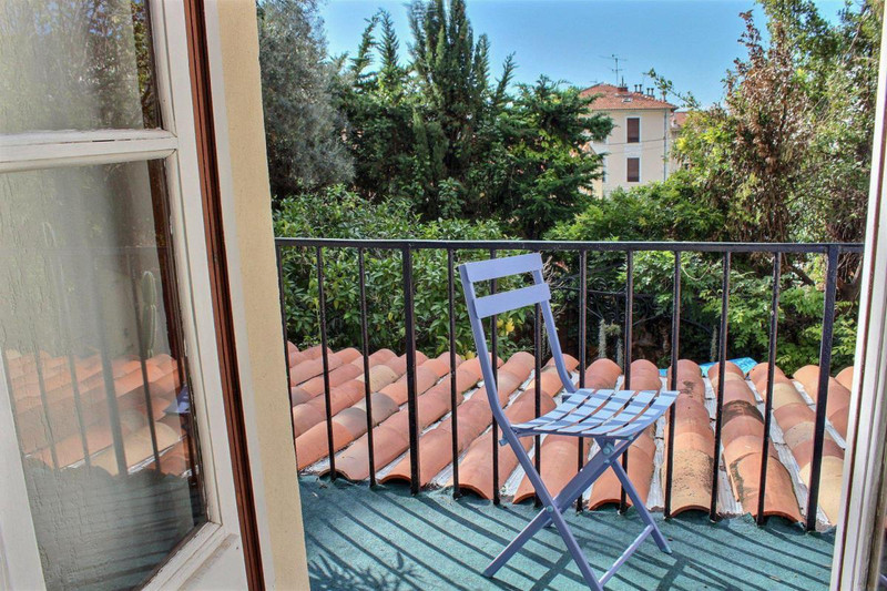 French property for sale in Nice, Alpes-Maritimes - €2,332,000 - photo 2