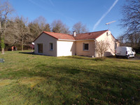 French property, houses and homes for sale inSaint-JunienHaute-Vienne Limousin