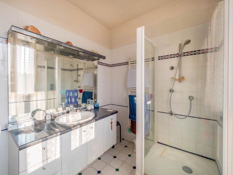 French property for sale in Saint-Maur-des-Fossés, Val de Marne - €1,395,000 - photo 7