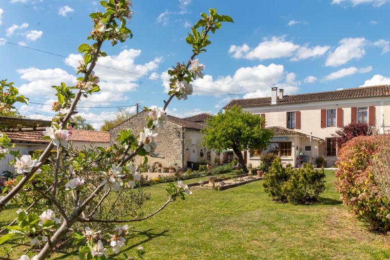 Maison à vendre à Cressé(17160) - Charente-Maritime