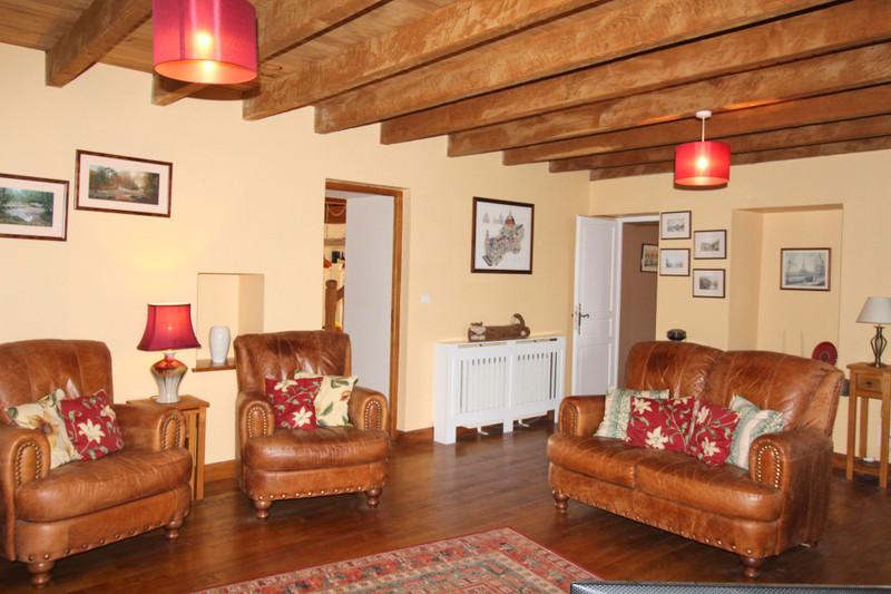 French property for sale in Saint-Saud-Lacoussière, Dordogne - €249,000 - photo 7