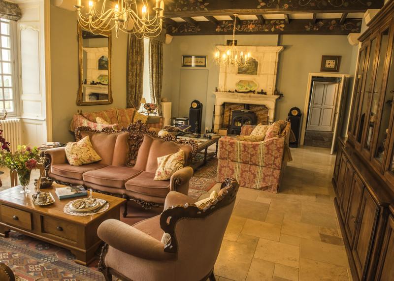 French property for sale in La Bachellerie, Dordogne - €2,782,500 - photo 5