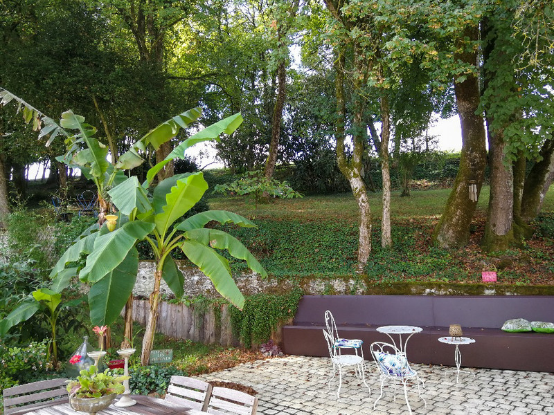 French property for sale in Dompierre-sur-Charente, Charente-Maritime - €371,000 - photo 2
