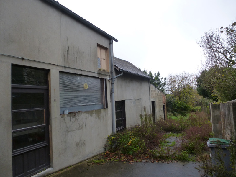 French property for sale in Saint-Sulpice-les-Feuilles, Haute-Vienne - €88,000 - photo 3
