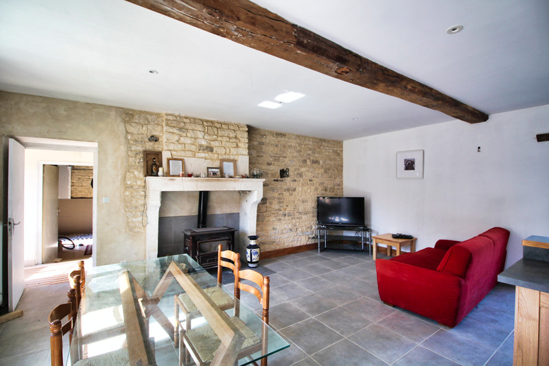 French property for sale in Chives, Charente-Maritime - €75,000 - photo 3