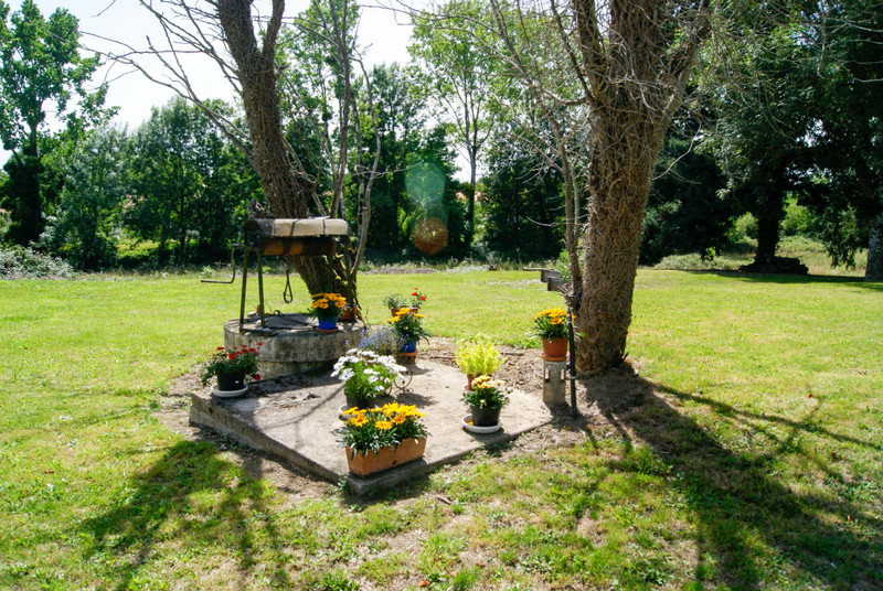 French property for sale in Fenioux, Deux Sevres - €267,500 - photo 9