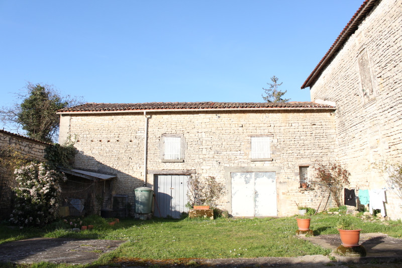 French property for sale in Marcillac-Lanville, Charente - €53,600 - photo 9