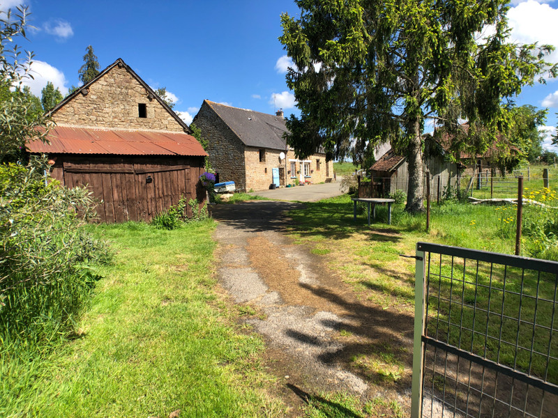 French property for sale in Soucé, Mayenne - €128,075 - photo 2
