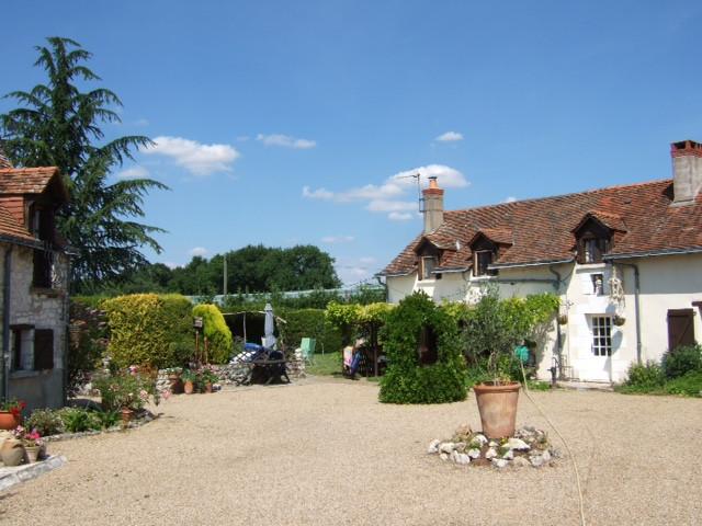 French property for sale in Parçay-les-Pins, Maine-et-Loire - €283,550 - photo 3