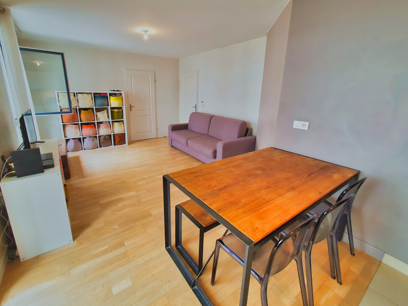 French property for sale in Issy-les-Moulineaux, Hauts-de-Seine - €399,000 - photo 2