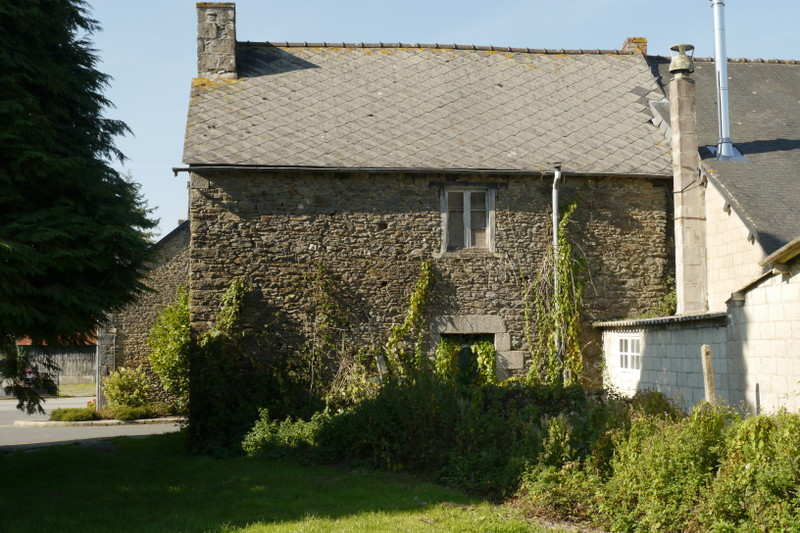 French property for sale in Langourla, Cotes d Armor - €31,000 - photo 2
