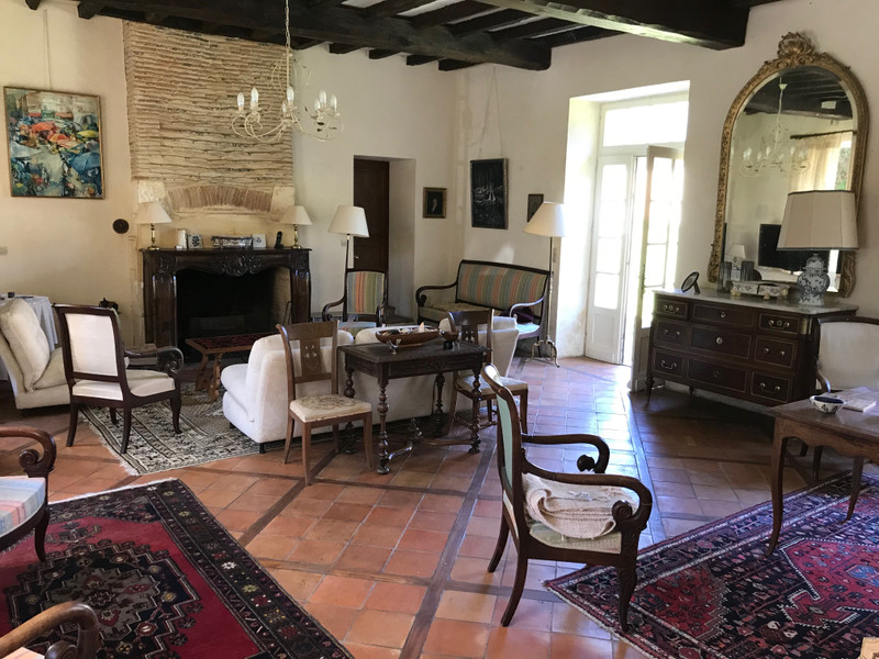 French property for sale in Douville, Dordogne - €527,500 - photo 9