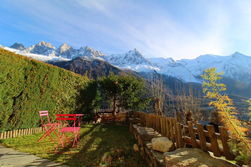 French property for sale in Chamonix-Mont-Blanc, Haute-Savoie - €335,000 - photo 2