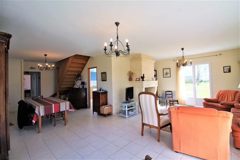 French property for sale in Luxé, Charente - €256,800 - photo 4