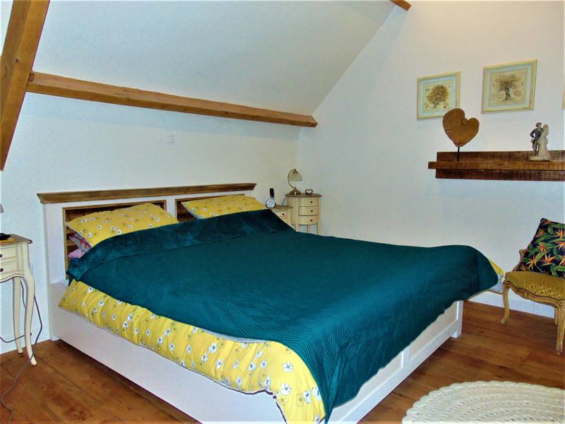 French property for sale in Saint-Nicolas-du-Pélem, Cotes d Armor - €251,985 - photo 6