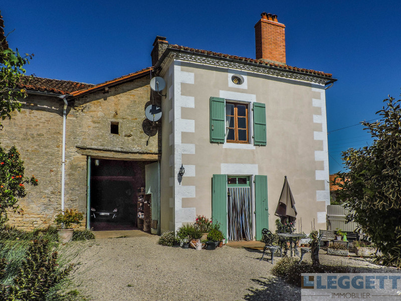 French property for sale in Chatain, Vienne - €199,800 - photo 2