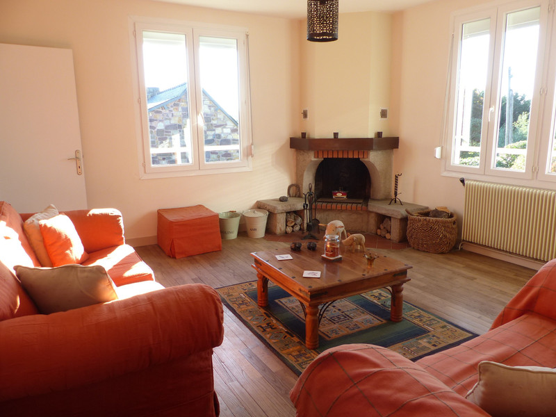 French property for sale in Néant-sur-Yvel, Morbihan - €136,250 - photo 5