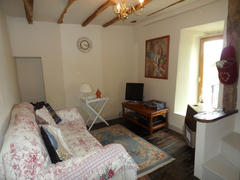 French property for sale in Uzerche, Corrèze - €149,990 - photo 5
