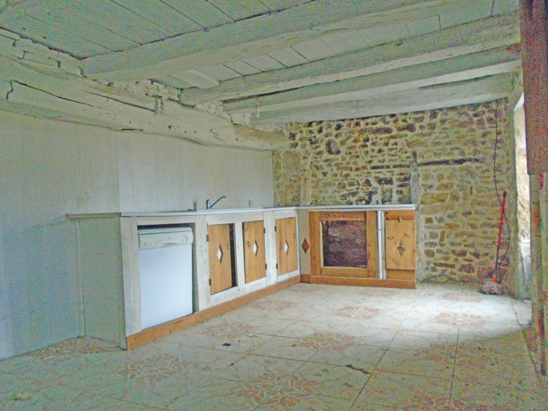 French property for sale in Benest, Charente - €27,000 - photo 5