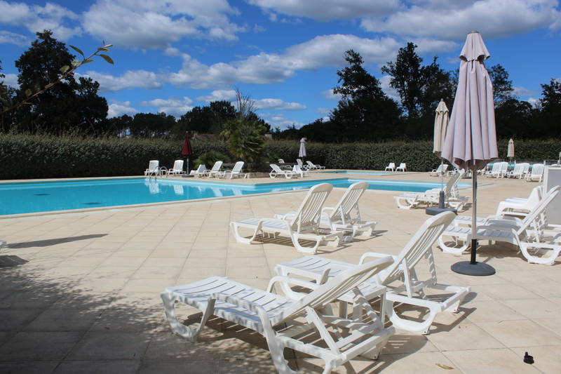 French property for sale in Salles, Gironde - €104,500 - photo 3