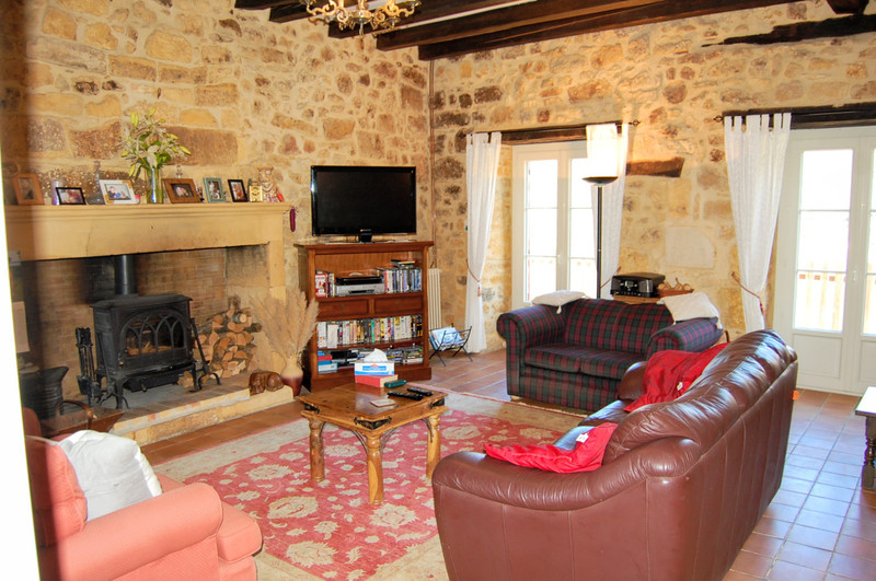 French property for sale in Lalinde, Dordogne - €265,000 - photo 3