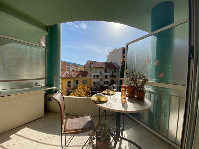French property for sale in Nice, Alpes Maritimes - €235,000 - photo 10