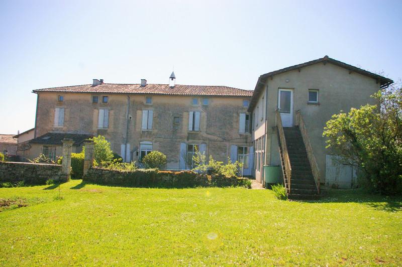 French property for sale in Saint-Romans-lès-Melle, Deux Sevres - €267,500 - photo 4