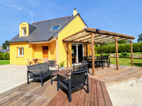 French property, houses and homes for sale in Pludual Côtes-d'Armor Brittany