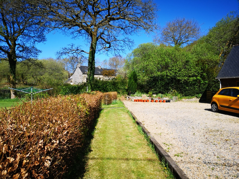 French property for sale in La Feuillée, Finistere - €107,800 - photo 3