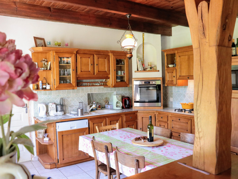 French property for sale in Tréguidel, Côtes-d'Armor - €238,500 - photo 2