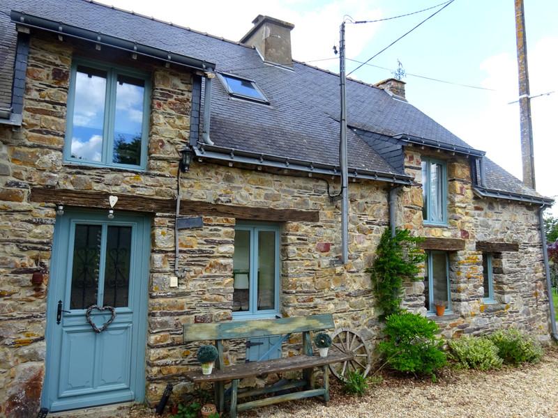 French property for sale in Réminiac, Morbihan - €194,400 - photo 9