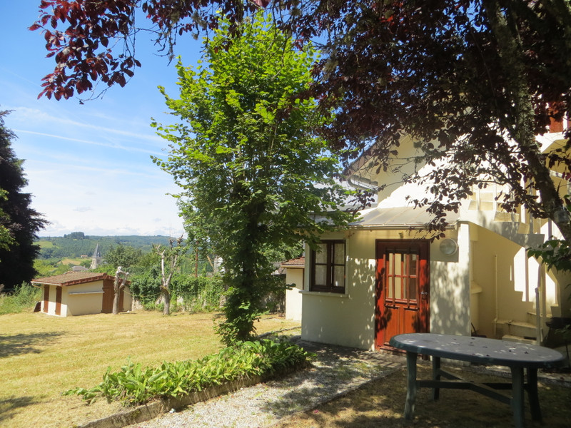 French property for sale in Peyrat-le-Château, Haute-Vienne - €75,000 - photo 3