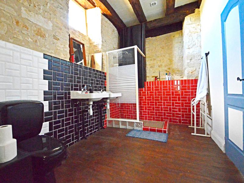 Chateau à vendre à Saint-Pantaly-d'Excideuil, Dordogne - 325 500 € - photo 9