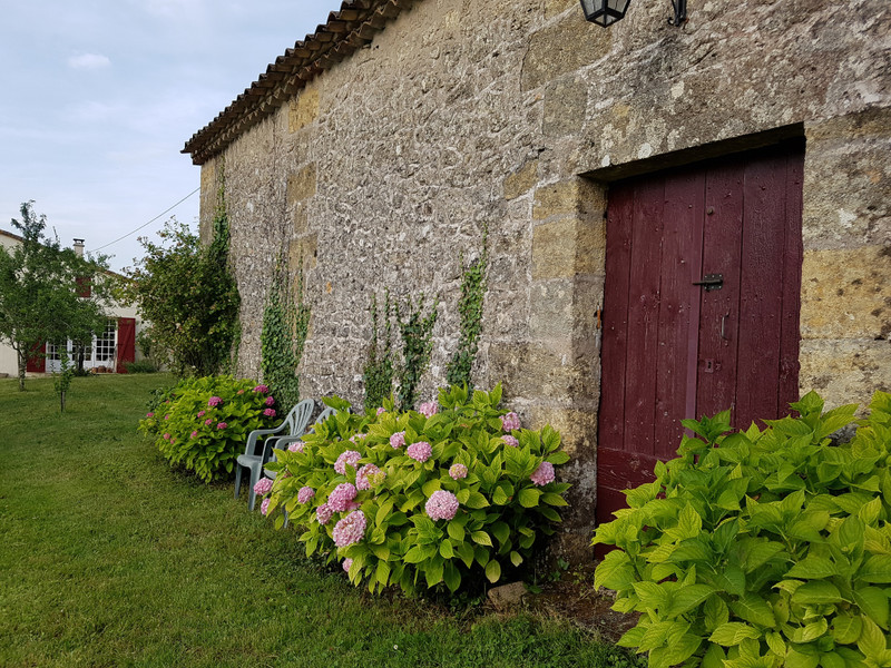 French property for sale in Saint-Émilion, Gironde - €389,000 - photo 3