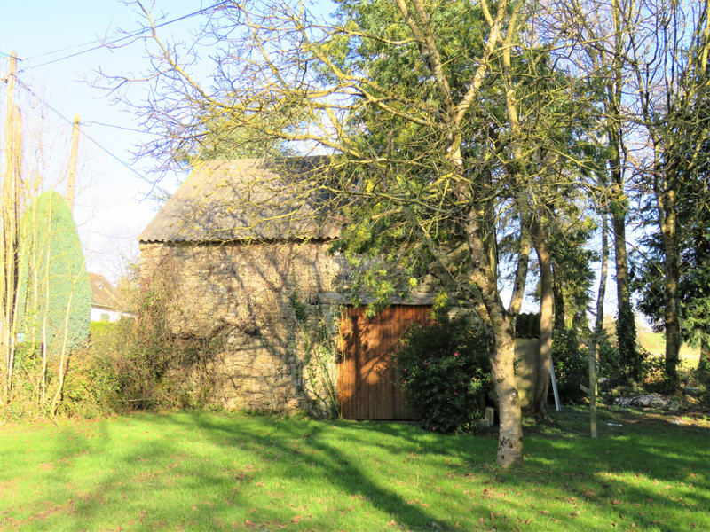French property for sale in Caden, Morbihan - €119,900 - photo 2