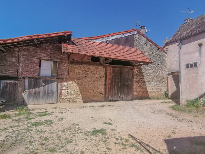 French property for sale in Sennecey-le-Grand, Saône-et-Loire - €277,000 - photo 3