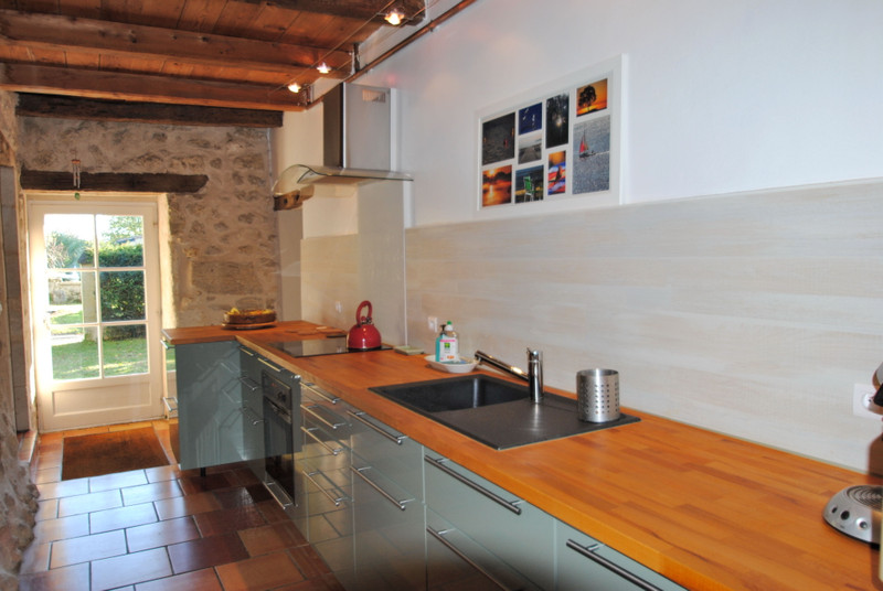 French property for sale in Branne, Gironde - €460,000 - photo 8