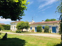 French property, houses and homes for sale inSaint-André-de-LidonCharente-Maritime Poitou_Charentes