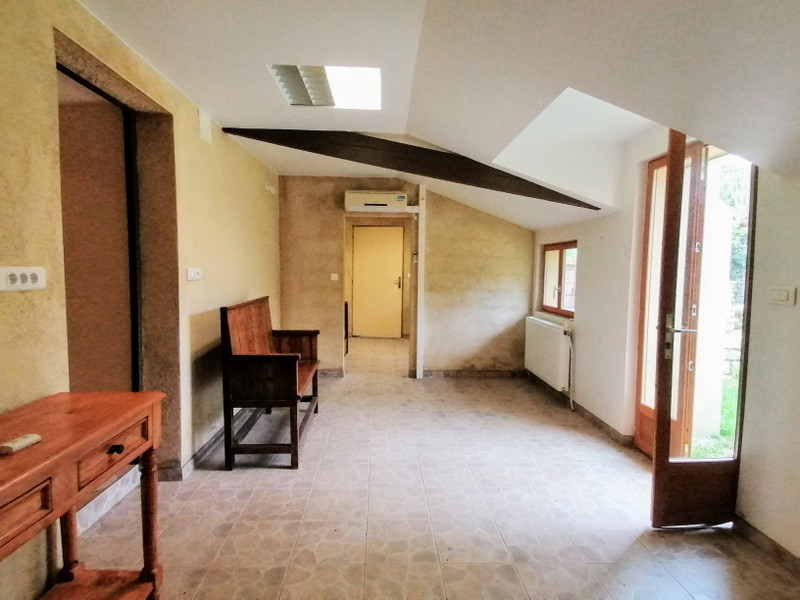 French property for sale in Thollet, Vienne - €119,900 - photo 6