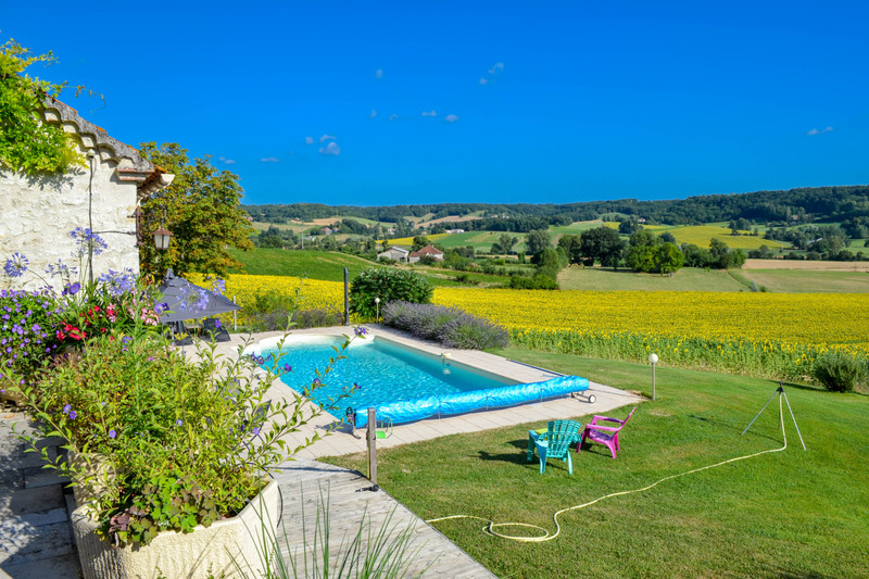 French property for sale in Lauzerte, Tarn-et-Garonne - €587,000 - photo 3