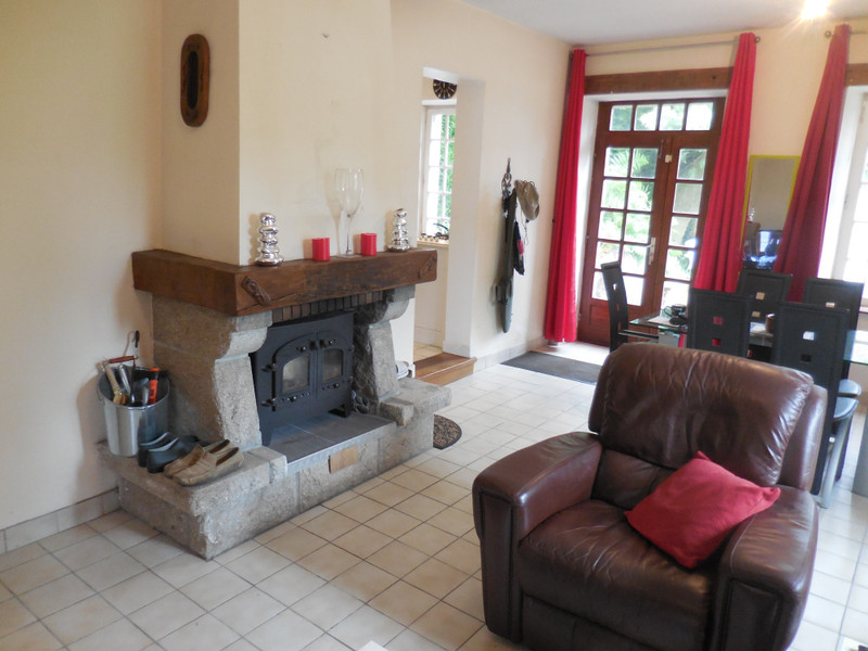 French property for sale in Ménéac, Morbihan - €141,700 - photo 3