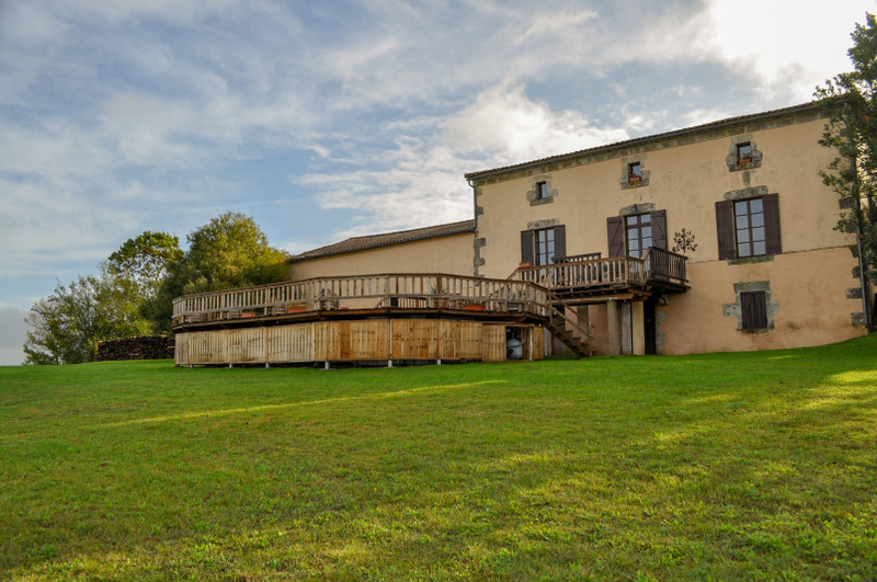 French property for sale in Puysserampion, Lot-et-Garonne - €371,000 - photo 3