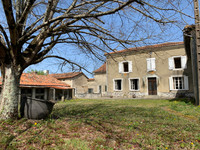 French property, houses and homes for sale inPérignacCharente Poitou_Charentes
