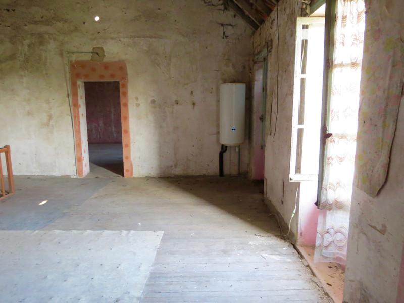 Maison à vendre à Saint-Savinien, Charente-Maritime - 103 550 € - photo 9
