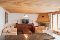 French ski chalets, properties in Val Thorens, Valfrejus, Three Valleys