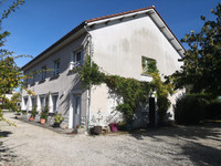 French property, houses and homes for sale inBaignes-Sainte-RadegondeCharente Poitou_Charentes