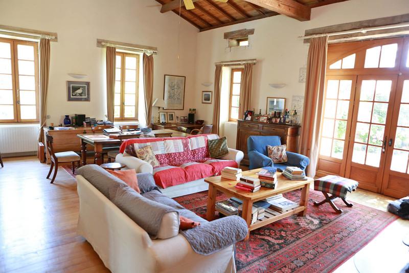 French property for sale in Léguillac-de-Cercles, Dordogne - €249,950 - photo 2