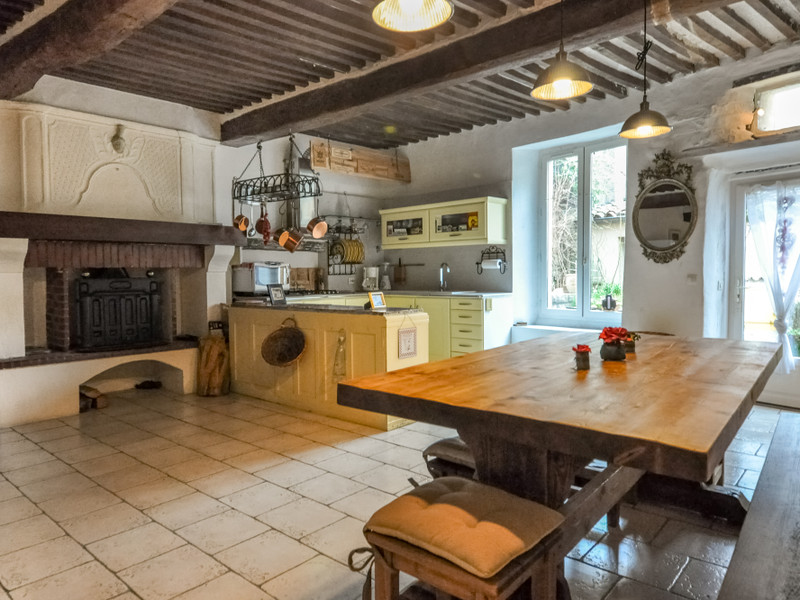 French property for sale in Saint-Hippolyte-du-Fort, Gard - €290,000 - photo 3