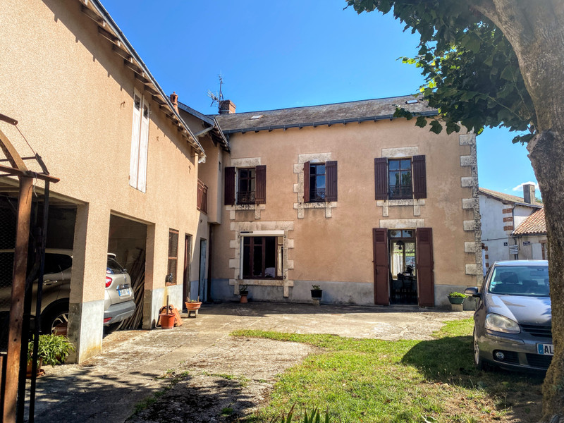 French property for sale in L'Isle-Jourdain, Vienne - €99,000 - photo 10