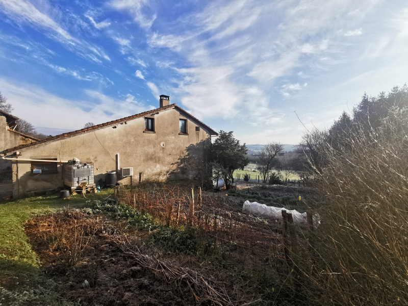 French property for sale in Nontron, Dordogne - €402,800 - photo 9